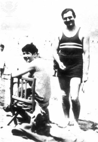 Con Pauline Hemingway en San Sebastián, 1927