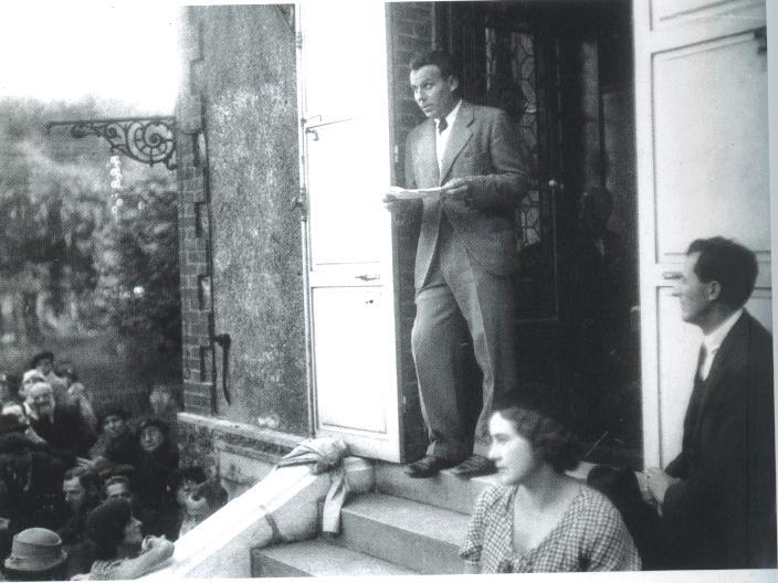 Louis Ferdinand Celine pronuncia en Médan su discurso de homenaje a Zola. 1 de octubre de 1933.